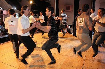 02-Danses trad Bretonne